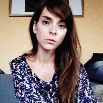 Julie_Vayssière